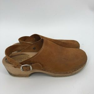 Sven nubuck brown leather wooden clogs 41